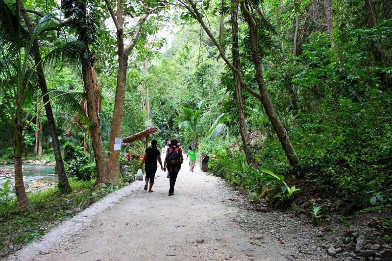 kawasan-falls-cebu-april-2-2010-447