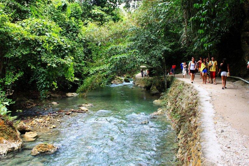 kawasan-falls-cebu-april-2-2010-459